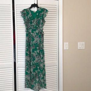 WUC LIKE NEW Beautiful green high low dress